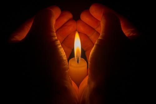 Kaarsje Branden Betekenis.Kaarsen Witte Magie Rituelen Bij Volle Maan Voor O A Liefde